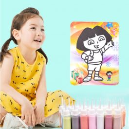 """暑假就要玩""""通過CNAS食品級安全認證 DIY趣味砂畫遊戲組 24色豪華版~24張彩色畫卡+24罐彩沙(85g×24)+備用沙144包-"""